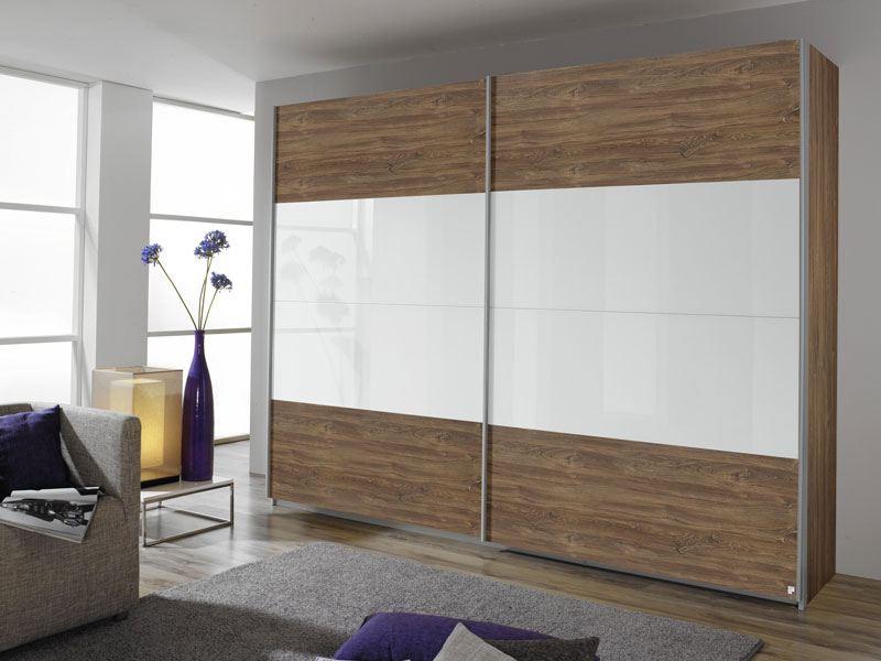 schwebet renschrank mit absetzung glas quadra von rauch m bel. Black Bedroom Furniture Sets. Home Design Ideas